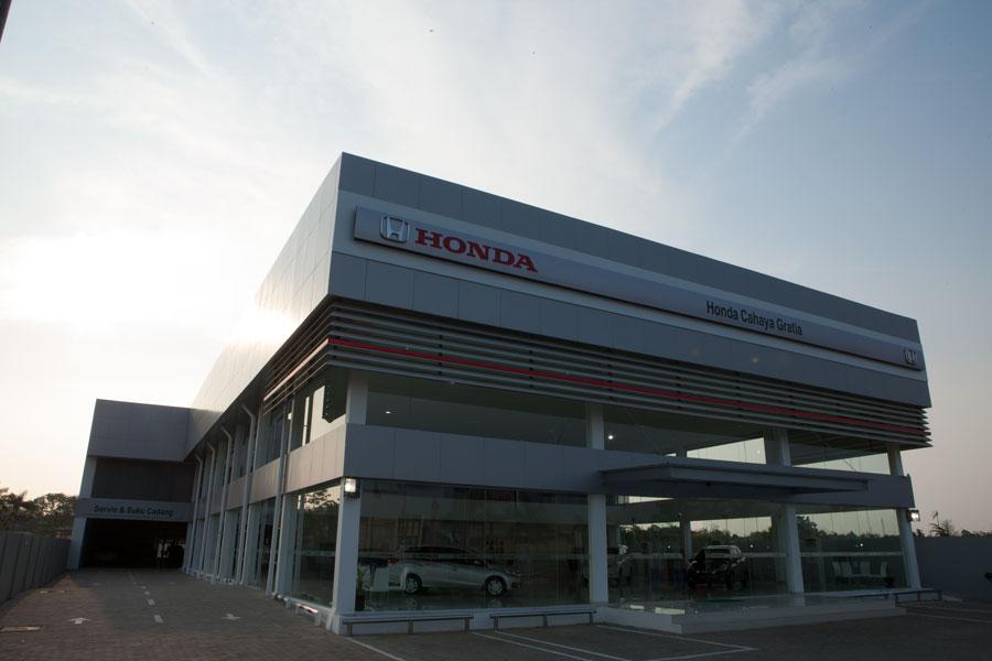 Showroom Honda Cahaya Gratia Kendari